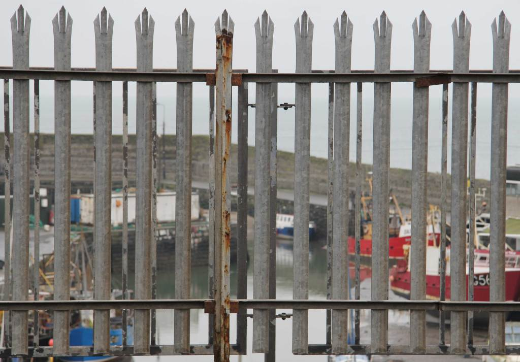 Balbriggan harbour, a maritime history kept at arms length
